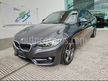 Foto venta Auto usado BMW Serie 2 220iA Sport Line Aut (2017) color Gris Mineral precio $388,500