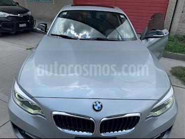 BMW Serie 2 220iA Sport Line Aut usado (2015) color Plata Lunar precio $290,000