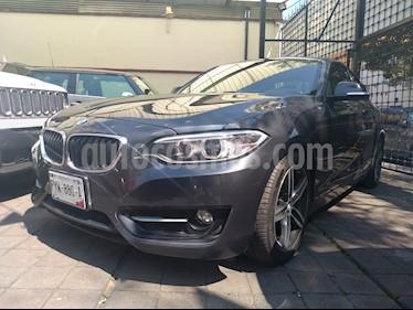 Foto venta Auto usado BMW Serie 2 220iA Sport Line Aut (2016) color Gris Mineral precio $365,000