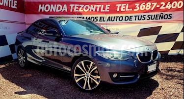 Foto venta Auto usado BMW Serie 2 220iA Sport Line Aut (2017) color Gris Mineral precio $410,000