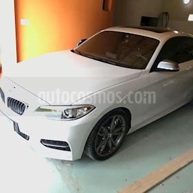 Foto BMW Serie 2 235i Paquete M usado (2016) color Blanco precio u$s65.000