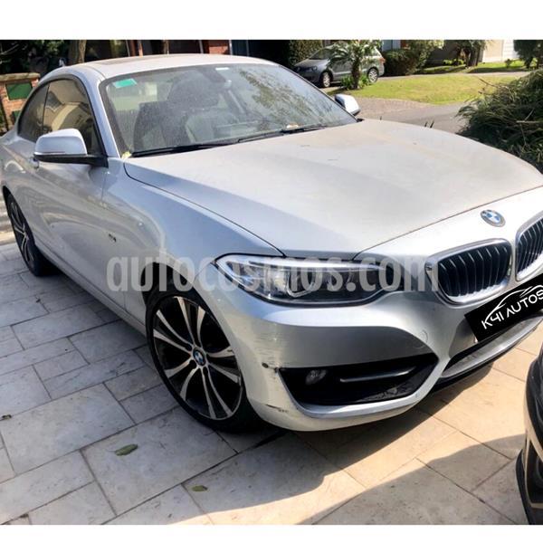 BMW Serie 2 220i Sport Line usado (2017) color Gris precio u$s33.000