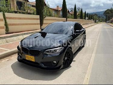 BMW Serie 2 220i Sport Line usado (2014) color Negro precio $50.000.000