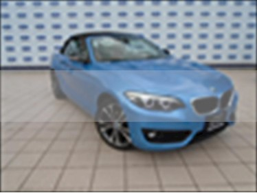 BMW Serie 2 CONVERTIBLE SPORT LINE AUT usado (2018) color Azul Claro precio $510,000