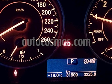 BMW Serie 2 220iA Sport Line Aut usado (2017) color Negro Zafiro precio $360,000