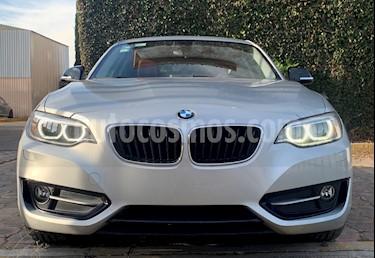 BMW Serie 2 220iA Sport Line Aut usado (2017) color Gris Mineral precio $360,000