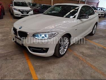 BMW Serie 2 2p 220i Coupe Sport Line L4/2.0/T Aut usado (2017) color Blanco precio $350,000