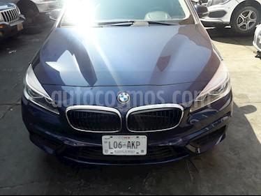 BMW Serie 2 Active Tourer 220iA Aut usado (2016) color Azul Medianoche precio $260,000
