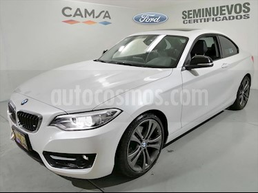 BMW Serie 2 220iA Sport Line Aut usado (2016) color Blanco precio $359,900