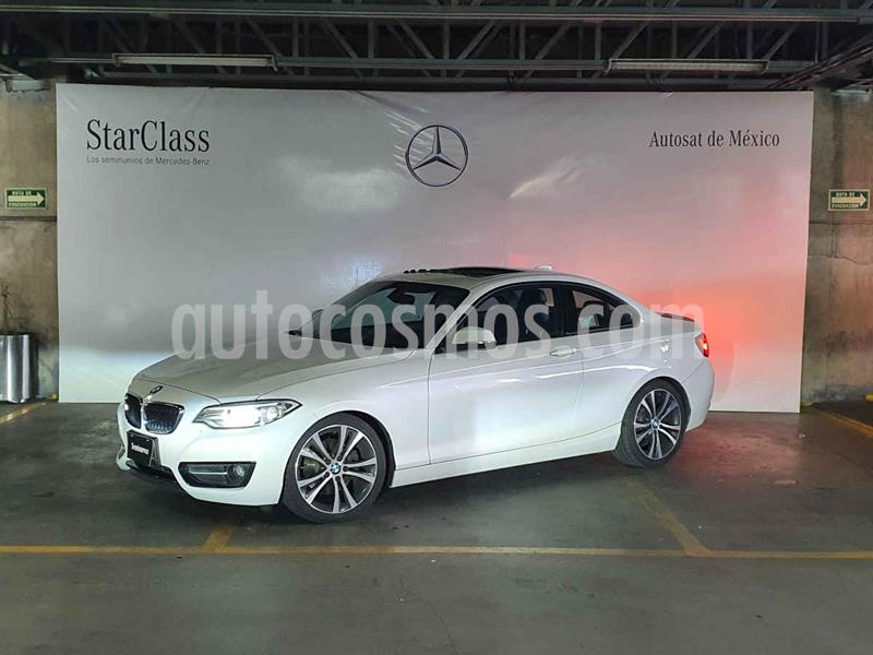 Foto BMW Serie 2 220iA Sport Line Aut usado (2016) color Blanco precio $319,000