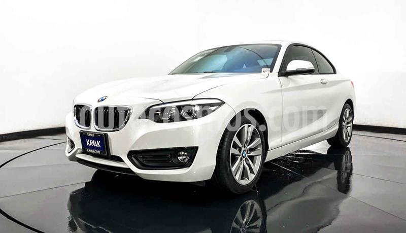BMW Serie 2 220iA Executive Aut usado (2019) color Blanco precio $464,999