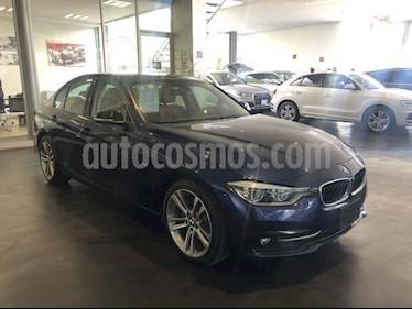 Foto BMW Serie 3 318iA Sport Line usado (2018) color Azul Imperial precio $468,000