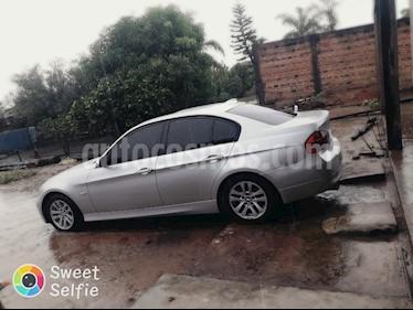 Foto BMW Serie 3 320i Active usado (2007) color Gris Plata  precio $478.000