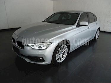 Foto venta Auto usado BMW Serie 3 320i Sport Line (2017) color Plata precio $440,000