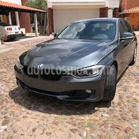Foto BMW Serie 3 320i usado (2014) color Gris Mineral precio $225,000