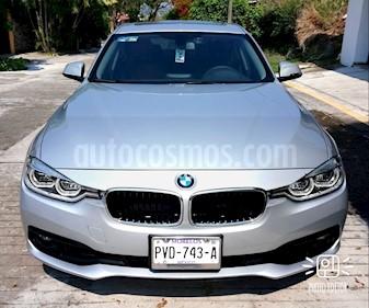 Foto BMW Serie 3 320iA Executive usado (2018) color Plata precio $450,000