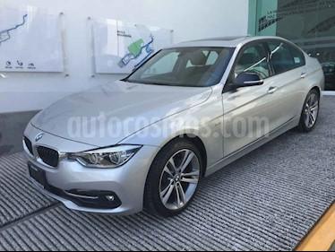Foto BMW Serie 3 320iA Sport Line usado (2018) color Plata precio $475,000