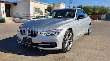 Foto BMW Serie 3 320iA Sport Line usado (2018) color Plata precio $399,900