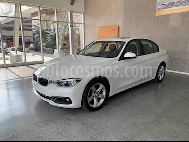 Foto BMW Serie 3 320iA usado (2017) color Blanco precio $445,000