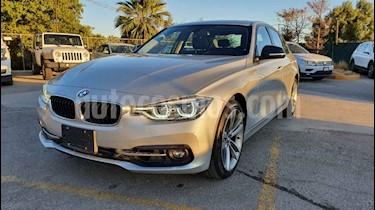 Foto BMW Serie 3 330iA Sport Line Plus usado (2018) color Plata precio $399,900