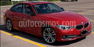 BMW Serie 3 330iA Sport Line usado (2016) color Rojo Vermilion precio $395,000