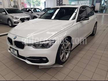 Foto venta Auto usado BMW Serie 3 4p 330i Sport Line L4/2.0/T Aut (2017) color Blanco precio $495,000
