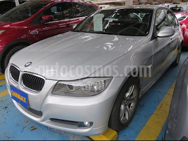 Foto BMW Serie 3 320i usado (2011) color Plata precio $53.900.000