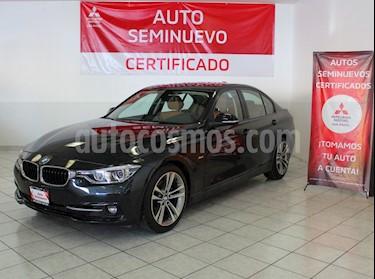Foto BMW Serie 3 330iA Sport Line usado (2017) color Negro Zafiro precio $470,000
