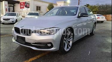 BMW Serie 3 330iA Sport Line Plus usado (2018) color Plata precio $399,900