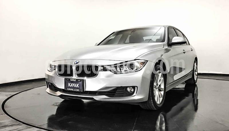BMW Serie 3 328iA usado (2014) color Plata precio $282,999