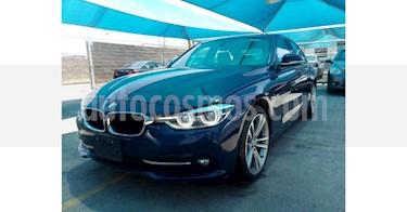 BMW Serie 3 330iA Sport Line usado (2018) color Azul precio $329,800