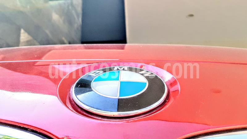 BMW Serie 3 320i Sport Line  usado (2016) color Rojo Melbourne precio $306,900