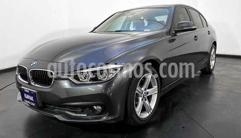 foto BMW Serie 3 320i Sport Line usado (2016) color Gris precio $307,999