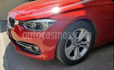 BMW Serie 3 320i Sport Line  usado (2016) color Rojo Melbourne precio $314,900