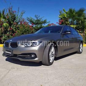 BMW Serie 3 4p 320i Sport Line L4/2.0/T Aut usado (2017) color Plata precio $390,000