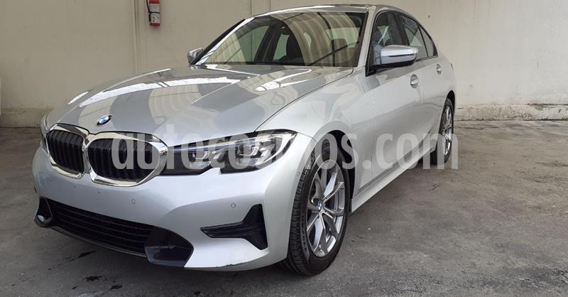 Foto BMW Serie 3 320iA Sport Line usado (2020) color Plata Dorado precio $574,900