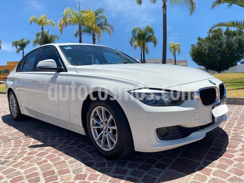 BMW Serie 3 320iA usado (2014) color Blanco Alpine precio $235,000