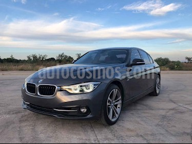 BMW Serie 3 4p 330i Sport Line L4/2.0/T Aut usado (2018) color Gris precio $470,000