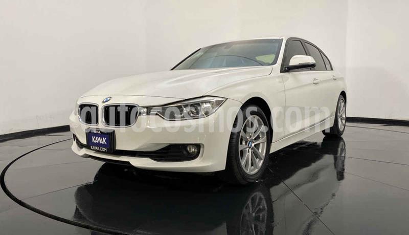 BMW Serie 3 328iA usado (2014) color Blanco precio $289,999