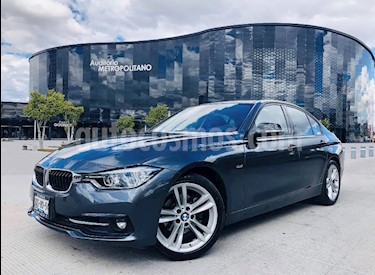 BMW Serie 3 320i Sport Line  usado (2017) color Gris Mineral precio $420,000