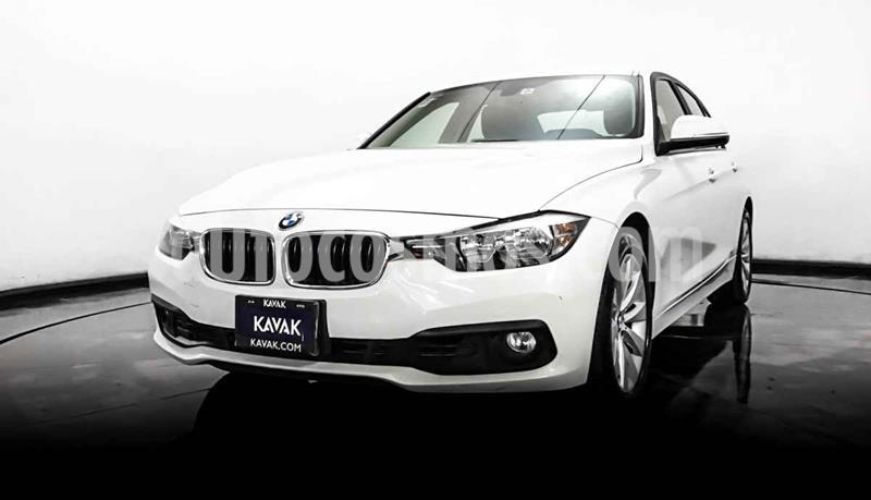 BMW Serie 3 320i usado (2016) color Blanco precio $309,999