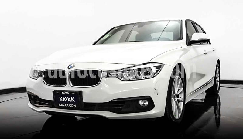 BMW Serie 3 320iA usado (2016) color Blanco precio $309,999