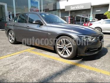 BMW Serie 3 4P 320I SPORT LINE TA QC ASTOS DEPORTIVOS BI-XENO usado (2016) color Gris precio $307,000