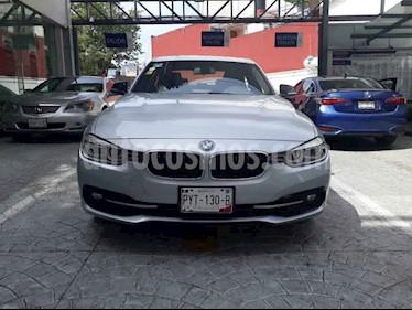 BMW Serie 3 4p 330i Sport Line L4/2.0/T Aut usado (2017) color Plata precio $393,000