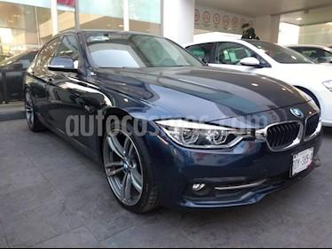 BMW Serie 3 330iA Sport Line usado (2016) color Azul Profundo precio $350,000