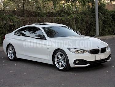 Foto BMW Serie 4 428i Coupe Sport Line usado (2016) color Blanco precio u$s43.900