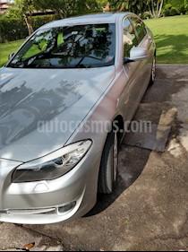 Foto BMW Serie 5 528iA Lujo  usado (2014) color Plata Titanium precio $310,000