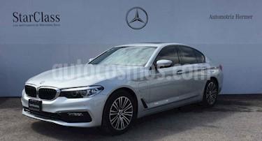 Foto venta Auto usado BMW Serie 5 530e Sport Line (Hibrido Conectable) (2018) color Plata precio $700,900