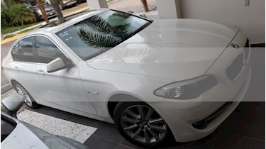 Foto venta Auto usado BMW Serie 5 530i Top (2013) color Blanco precio $350,000