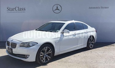 BMW Serie 5 530i Top usado (2013) color Blanco precio $289,900